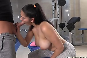 They fucking in a private gym - Ava Black, Thomas Stone