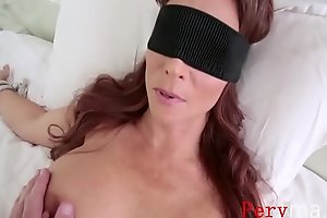 MOM blindfolded and made sure she sucks me