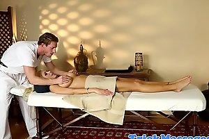 Inked MILF gets massaged by horny stranger