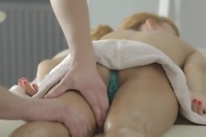 Nice massage with pussy licking and hot hardcore porn with cumshot