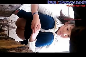 Curvy korean babe pees in a voyeur video free