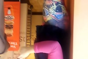 Latina ass and quick cameltoe in dunkin donuts close up (1) different girl