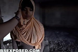 ARABS EXPOSED - I Picked Up Muslim Prostitute From The Street And Fucked Her Hard