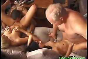 Swingersinaction
