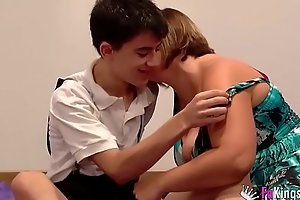 Jordi fucks a girl for ages c in depth her brother is ensue to him watching!!!