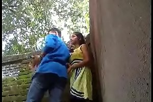 www.mp4mms.in (Mumbai virgin Girl Park Sex Mms Leaked)