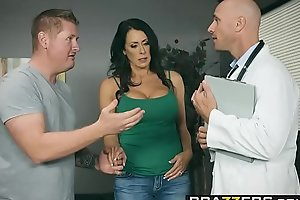 Brazzers - Doctor Happenstance circumstances -  My Husband Is Applicable Outside... scene starring Reagan Foxx with the addition of Johnny