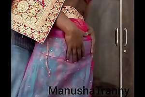 Toss my saree - Escort girl Manusha Tranny being undressed and exposing navel and belly