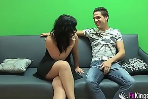 Montse achieves her goal, get her face sprayed in Kevin Coto'_s jizz.