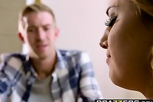 Teens like it large - my mommys boyfriends schlong scene starring kristen scott danny d