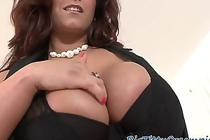 Bigtits milf sprayed with jizz over her tits