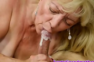 Chubby gilf banged after sucking cock